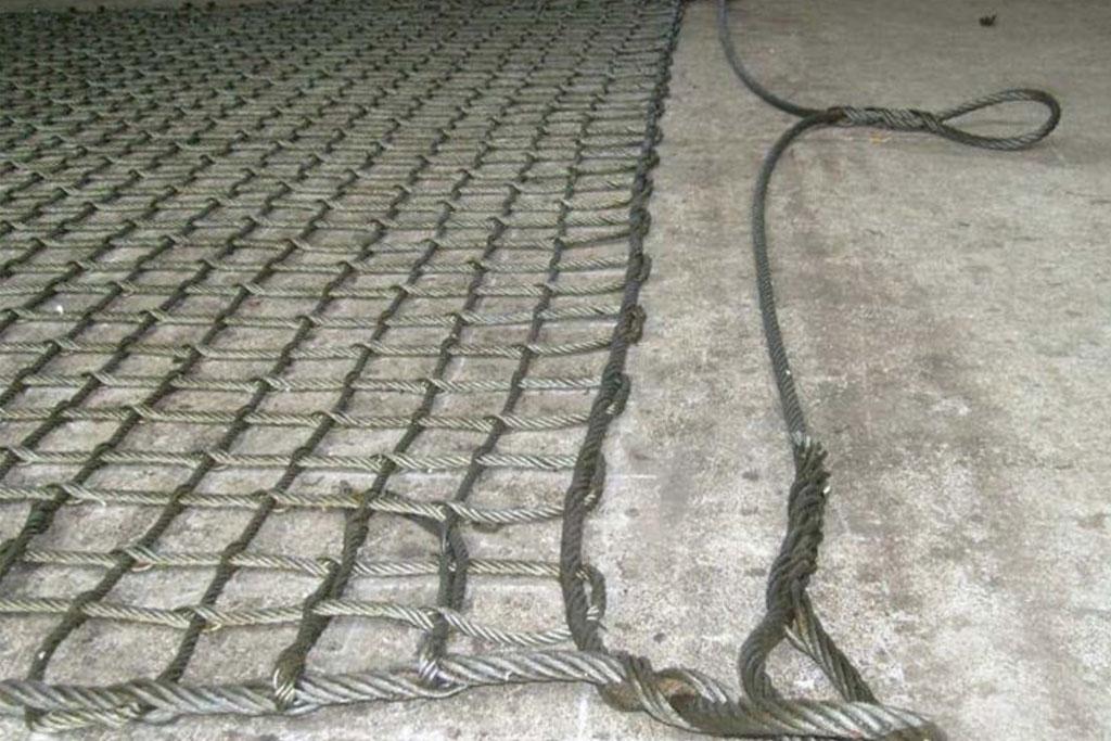 24.b.a-Wire-Rope-Cargo-Net